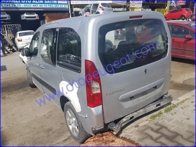 Peugeot Partner Tepee Çıkma Stop Camı